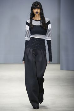 Catwalk photos and all the looks from Ohne Titel Autumn/Winter 2016-17 Ready-To-Wear New York Fashion Week