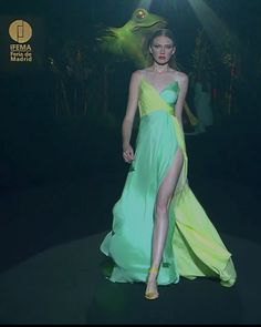 Beautiful Green / Yellow Slip and Slit Sheath Evening Maxi Dress / Evening Gown with Spaghetti Straps and V-Neck Cut. Runway Show at the Mercedes-Benz Fashion Week Madrid by Hannibal Laguna Haute Couture Dresses, Style Couture, Couture Fashion, Fashion Show, High Fashion Dresses, Fashion Outfits, Mercedes Benz, Hannibal Laguna, Collection Couture