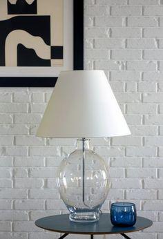 Lampa na stolik CAPRI Minimalistyczna forma i prawdziwy design