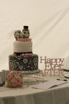 Dia de los muertos .........Our Wedding Cake was PERFECT, as was the whole day <3 <3 <3