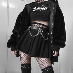 clothes black grunge - clothes black _ clothes black women _ clothes black girl _ clothes black and white _ clothes blackpink _ clothes black aesthetic _ clothes black rock _ clothes black grunge Egirl Fashion, Teen Fashion Outfits, Edgy Outfits, Retro Outfits, Korean Outfits, Grunge Outfits, Grunge Fashion, Girl Outfits, Fashion Looks