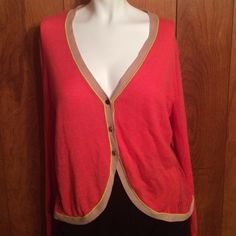 Beautiful Vera Wang Cardigan. Great for the spring In perfect condition. Open to offers. No rips, stains or anything wrong with it. Smoke free pet free home. Vera Wang Sweaters Cardigans