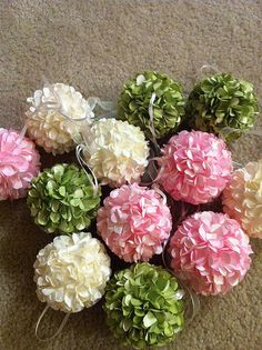 Paper Hydrangea Hand Flowers, Diy Flowers, Fabric Flowers, Flower Crafts, Flower Art, Diy Arts And Crafts, Paper Crafts, Paper Punch Art, Origami Paper Art