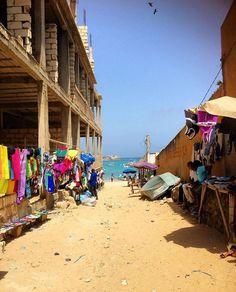 Sur le chemin de la plage de Ngor, Dakar - Sénégal
