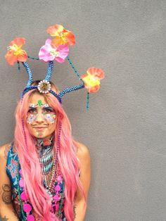 Quirky floral perles coiffe de la Couronne mode par MimbyJonesART, $70.00