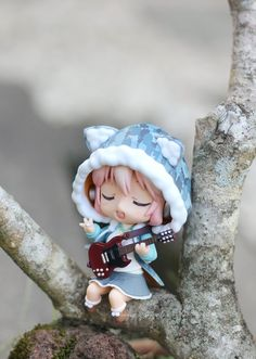 """Sonico Singing in a Tree"" Super Sonico figure photo by Sheng Kixkillradio"