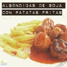 : Albóndigas de soja con tomate y patatas fritas