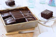 225th Anniversary Recipe of the Centuries Cake Pan Cake via @kingarthurflour