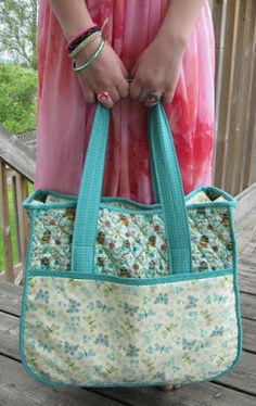 Inspired by Fabric: Tute-Happy Summer: The Overnight Bag