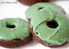 Chocolate Mint Cake Donuts from @Pure2Raw - Plus they're #glutenfree
