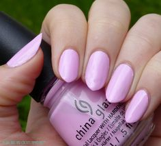 A girl and her chicken named Betty: Swatch Sundays: China Glaze In a Lily Bit