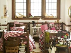 Freshen up your drab dorm room with new design ideas, storage tips and dorm room essentials from the experts at HGTV.com.