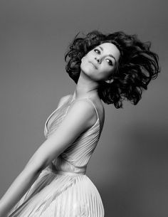 Marion Cotillard Glides Through the Air in 'Lady Dior' Campaign!: Photo Marion Cotillard is the epitome of grace while gliding through the air in these new photos from the Lady Dior campaign. The actress used a trampoline… Marion Cotillard, Lady Dior, Divas, Belle Nana, Beautiful People, Beautiful Women, French Actress, Look At You, Look Chic