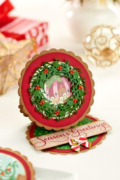 We explored traditional Christmas colours in the latest issue of Crafts Beautiful...