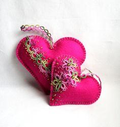 Rosa Herzen fühlte Tatting Spitze Lavendel Beutel von KnotTherapy