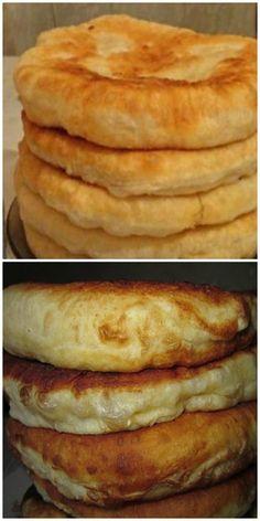 С этим рецептом забудешь, что такое хлеб! Пушистые лепешки на кефире: вкусно и быстро. Tasty, Yummy Food, Hot Dog Buns, Food Photography, Vegan Recipes, Food Porn, Food And Drink, Healthy Eating, Baking