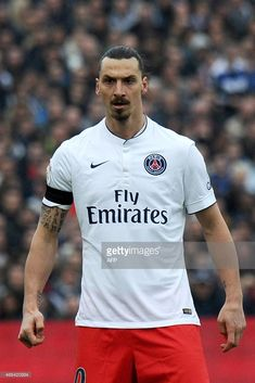 Paris-Saint-Germain's Swedish forward Zlatan Ibrahimovic looks on during the French football match between Bordeaux and Paris-Saint-Germain on March 2015 at the Chaban-Delmas stadium in. Get premium, high resolution news photos at Getty Images Zlatan Psg, I Am Zlatan, Legends Football, Paris Saint Germain, Antoine Griezmann, My Dream Team, Soccer Quotes, Soccer Stars, Neymar
