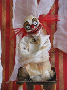 Love the idea of the straight jack crazy show girl or clown whatever