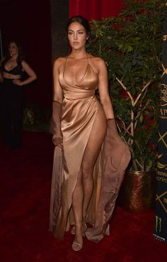 Natalie Halcro Photos - TV personality Natalie Halcro attends the Maxim Hot 100 Party at the Hollywood Palladium on July 2016 in Los Angeles, California. - Natalie Halcro Photos - 34 of 55 Satin Dresses, Sexy Dresses, Evening Dresses, Prom Dresses, Sexy Outfits, Cute Outfits, Natalie Halcro, Dress To Impress, Dress Skirt