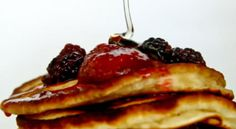 Clatite americane cu fructe de padure American Pancakes, Lidl, Superfood, Breakfast, Recipes, Recipies, Ripped Recipes, Recipe