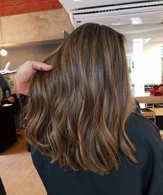 Long Wavy Ash-Brown Balayage - 20 Light Brown Hair Color Ideas for Your New Look - The Trending Hairstyle Brown Hair Cuts, Brown Hair Shades, Brown Ombre Hair, Brown Hair Balayage, Balayage Brunette, Ombre Hair Color, Light Brown Hair, Bronde Hair, Brown Hair Colors