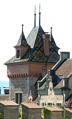 Oberhofen Castle, Switzerland .:. .:. This one is going on my Ambit Energy travel bucket list! -- http://BarrySnow.com .:. .:. image credit: http://www.flickr.com/photos/jotography/3650192152/in/set-72157605668103767/