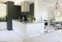 keittiö,betonitaso,niemeke,keittiöidea,unelmientalojakoti