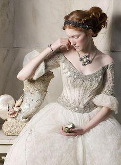 awesomeweddingdresses:   http://talent.adweek.com/gallery/Renaissance/3200849