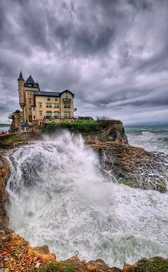 There was a time, it was and I toured Biarritz. Villa Belza in Biarritz, France Places Around The World, The Places Youll Go, Places To See, Around The Worlds, Beautiful World, Beautiful Places, Voyage Europe, Biarritz, Basque Country