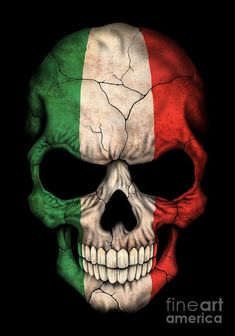 This unique design by artist Jeff Bartels features the flag of Italy painted on to a human skull. The flag cover the entire skull which has large cracks snaking across the bone. Skull Wallpaper, Dark Wallpaper, Dark Fantasy Art, Dark Art, Graffiti Doodles, Skull Pictures, Skull Tattoos, Wing Tattoos, American Flag