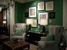 C Emerald Bedroom I Like The Chairs With A Small Table Near