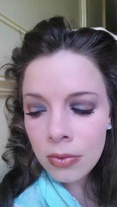 AreaProducts UsedTechnique FaceGlorious, Velour, Velour BrowboneSexy Above CreaseInfatuated Inner EyeHeavenly Outer VGiddy Upper Lash LinePerfect CheeksSweet LipsLivid