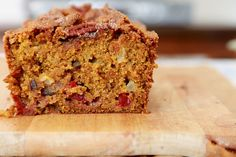 Vegan Pumpkin Cranberry Apple Pecan Everything Bread: Looks moist and tasty!