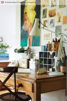 Love the unframed collection over the desk. Andrew Boyd for Heart Home magazine- desiretoinspire.net More ideas on link.