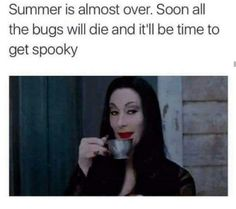 """fall memes 28 Spooky Memes For People Craving Halloween - Funny memes that """"GET IT"""" and want you to too. Get the latest funniest memes and keep up what is going on in the meme-o-sphere. Halloween Meme, Halloween 2018, Spooky Memes, Spooky Halloween, Halloween Decorations, Dog Memes, Funny Memes, Hilarious, Funniest Memes"""
