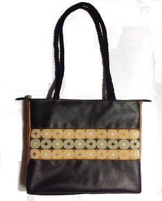 683a5b041 Cartera ejecutiva de cuero sintético y tela de tapicería. Ideal para llevar  la laptop o