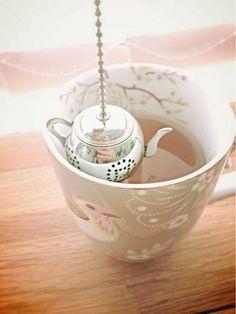 Teapot Style Loose Tea Leaf Herbal Locking Infuser Strainer Teaspoon Filter Tray