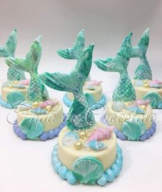 Ideas party birthday food chocolate cakes for 2019 Mermaid Party Food, Mermaid Birthday Cakes, Birthday Cake Pops, Mermaid Party Decorations, Little Mermaid Birthday, Little Mermaid Parties, Mermaid Cake Pops, Mermaid Cakes, Mini Cakes