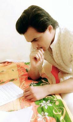 Mohsin khan ❤ Kaira Yrkkh, Kartik And Naira, Romantic Song Lyrics, Mohsin Khan, Cutest Couple Ever, Love K, Cute Bears, Tvs, Couple Goals