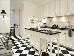 Black kitchen flooring ideas black and white kitchen floor black and white tile floor kitchen black White Kitchen Floor, Kitchen Tiles, Kitchen Flooring, New Kitchen, Kitchen Black, Bathroom Flooring, Black And White Flooring, Black And White Tiles, Black White