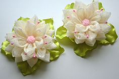 Kanzashi Fabric Flowers. Set of 2 hair clips. Orchid pink milk