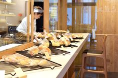 【大阪市 miee bakery(ミーベーカリー)様】 大阪・西心斎橋の「miee bakery」様にて、カウンターチェア「yu-counter chair」×5脚をお使いいただいています。  #カウンターチェア #カウンター椅子 #無垢カウンターチェア #京都 #日本製  #counterchair #cafe #japan #kyoto #北欧インテリア #おしゃれなインテリア #おしゃれなカウンターチェア #おしゃれな椅子 #つくりのいいもの #カフェチェア #カフェ家具 #mieebakery #ミーベーカリー Table Settings, Table Top Decorations, Place Settings, Dinner Table Settings, Setting Table
