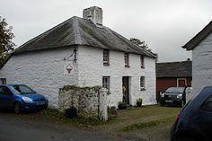 Jen Jones - Welsh quilt shop (would love to visit this shop!)