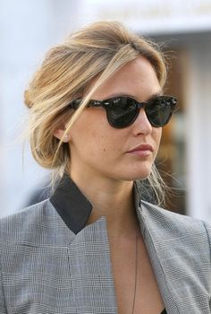 "Bar Rafaeli wears Ray Ban ""cateye"" sunglasses *Easy Ways to Marilyn Monroe-ize for Spring http://nubry.com/2012/03/easy-ways-to-marilyn-monroe-ize-for-spring/"