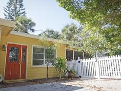 VRBO.com #339739ha - Siesta Jewel Beach House- a Great Place for the Whole Family!