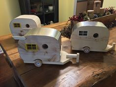 PINE WOOD TRAILER BIRDHOUSES.  3 Assorted vintage style trailer birdhouses.