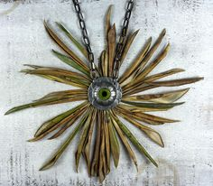 Eye Flower Necklace. Antiqued silver plated pewter pendant. #fishdreaming