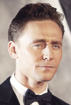 Tom Hiddleston. In this particular pic, I'm thinking Bond, James Bond.