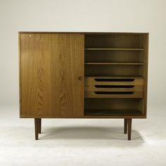Hans Wegner; Teak Cabinet for RY Mobler, 1960s.