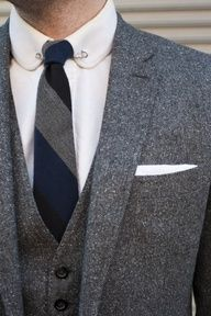 tweed suits... Safety pin in collar... My main look! Follow my board for the best of men fashion: http://pinterest.com/chafernandez/dressing-overview/